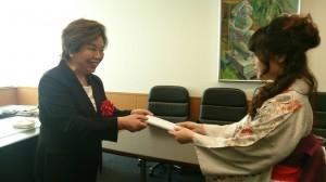 松伏会長から贈呈☆おめでとうございます